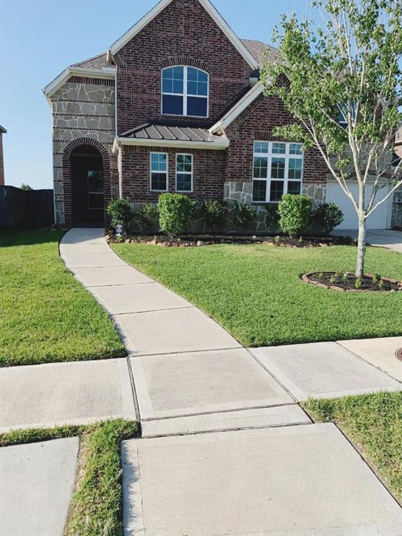 7407 Woodward Springs Drive Property Photo - Pearland, TX real estate listing