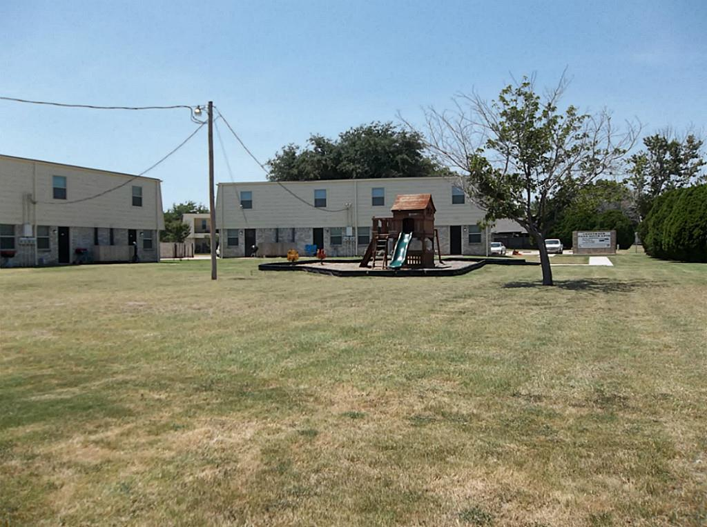 321 Thomas Property Photo - Burleson, TX real estate listing