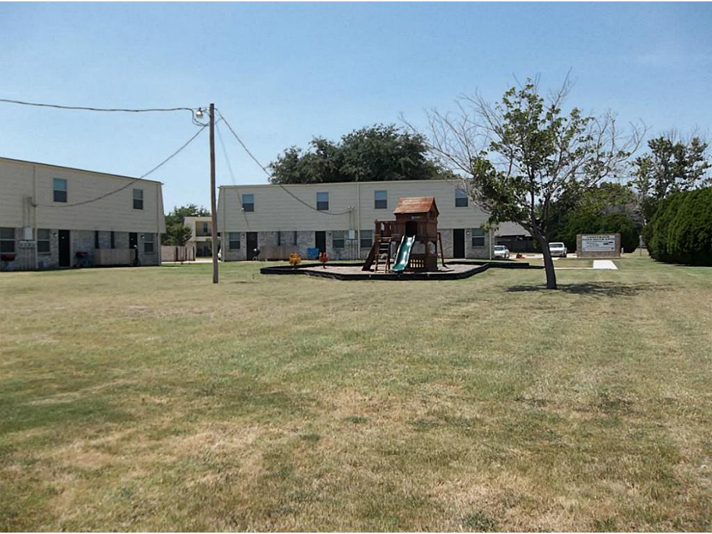321 Thomas Property Photo - Burleson, TX real estate listing