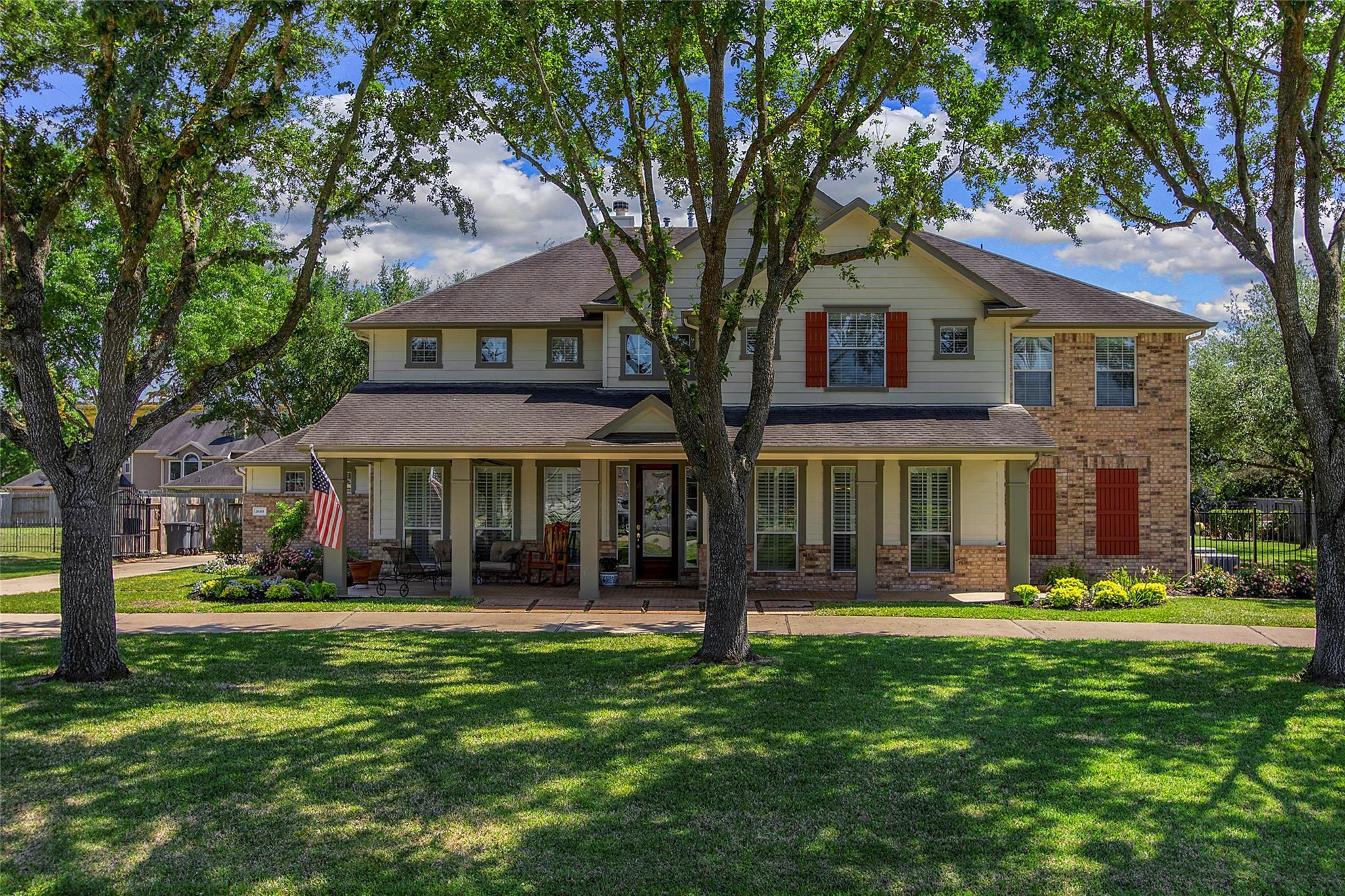 26111 Cloverland Park Lane Property Photo 1