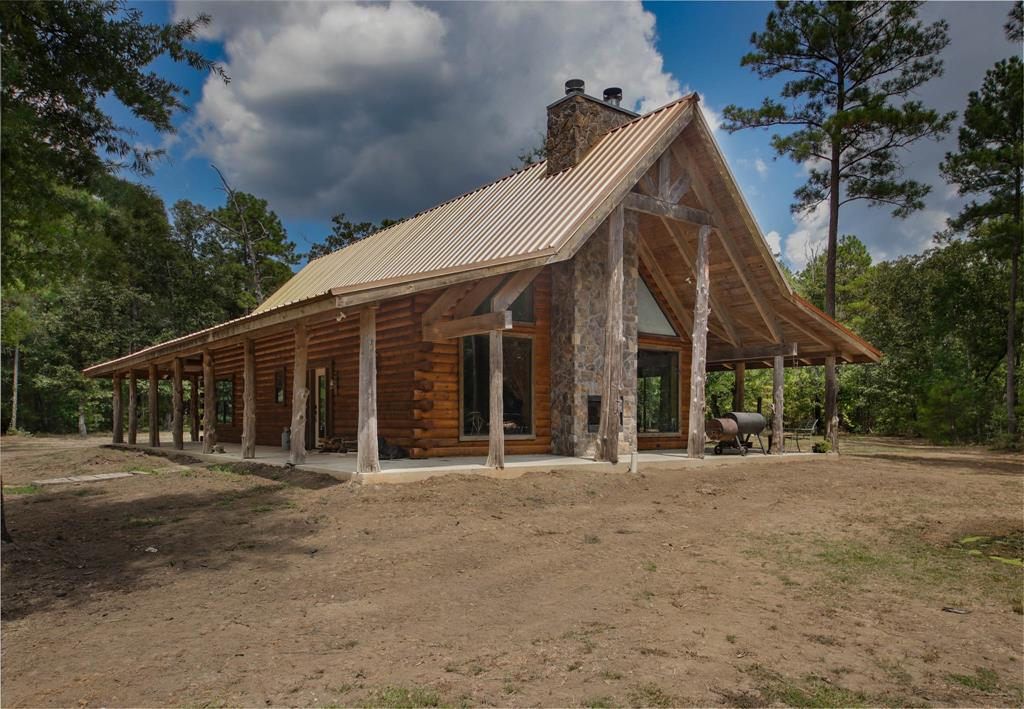 212 Gourd Creek Cemetary Road Property Photo - Huntsville, TX real estate listing