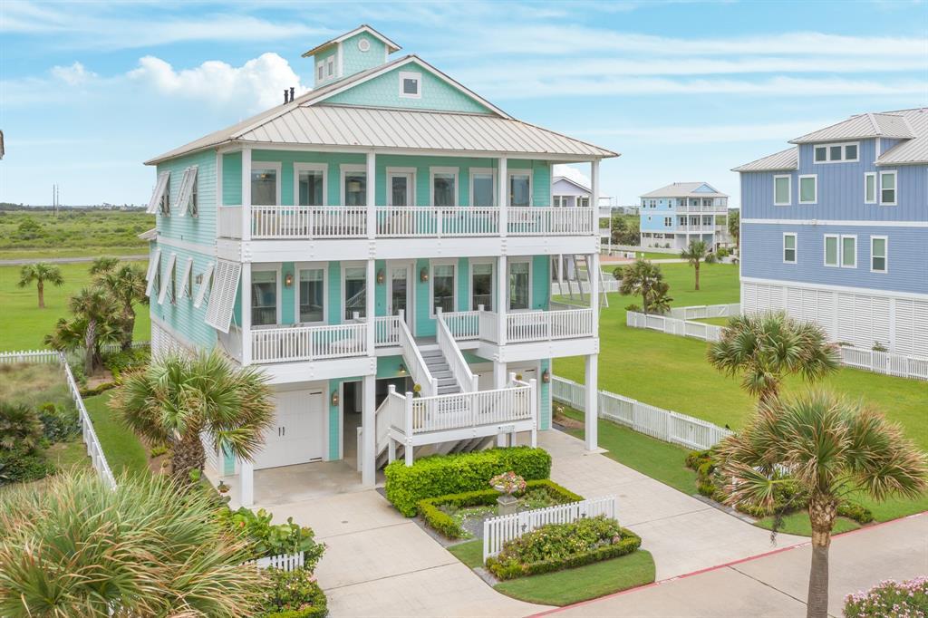 11718 Beachside Property Photo - Galveston, TX real estate listing