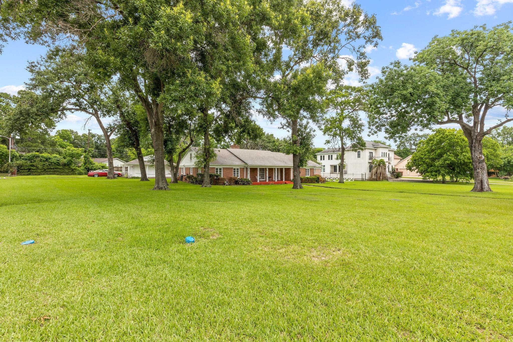 4381 N Macgregor Way Property Photo