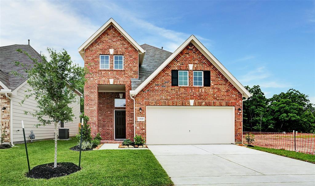 13727 Evansdale Lane Property Photo - Houston, TX real estate listing
