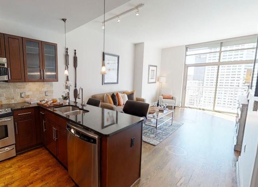 1400 Mckinney Street #1706 Property Photo