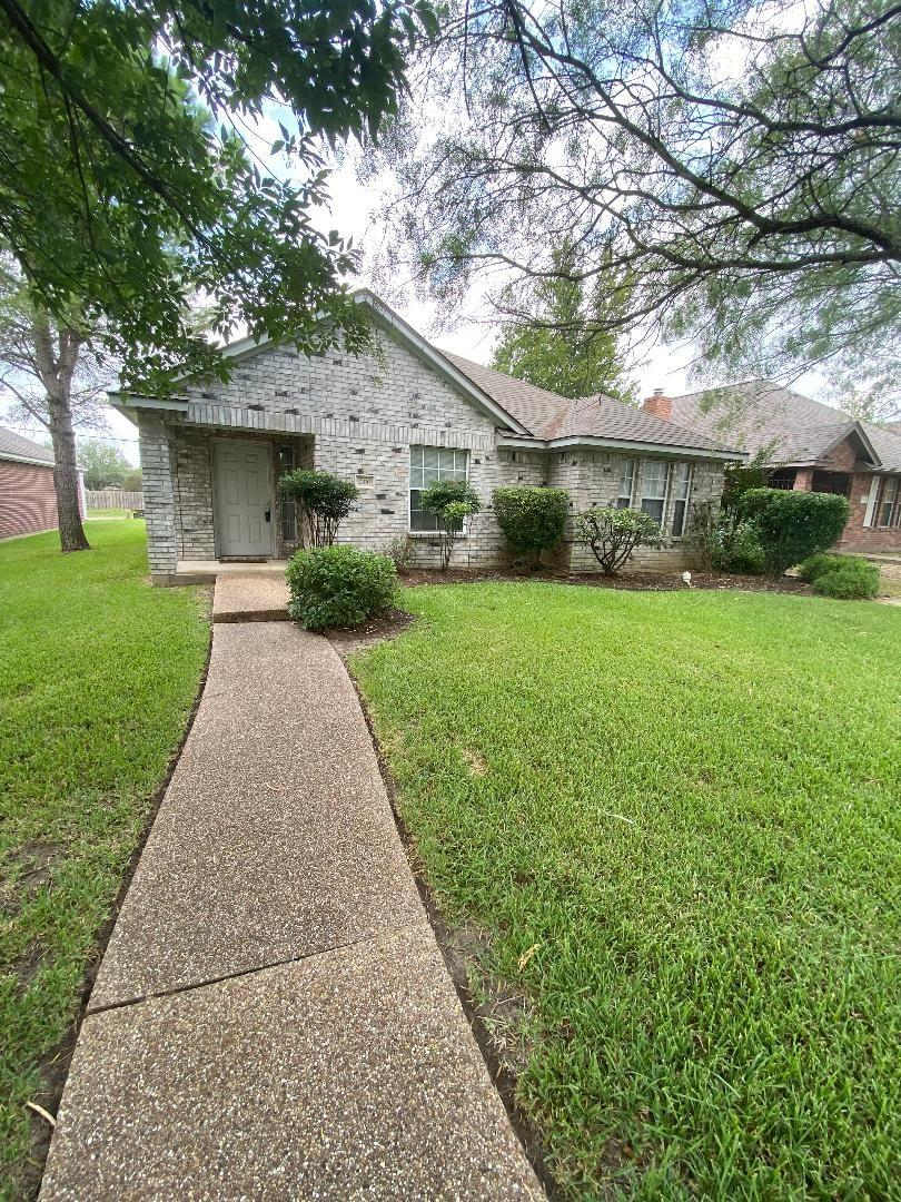 2310 Carnation Street Property Photo - College Station, TX real estate listing