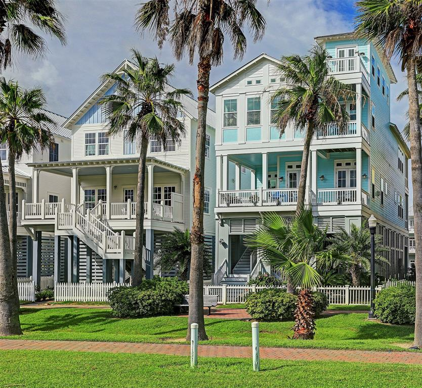 810 Shiraz Passage Property Photo - Galveston, TX real estate listing