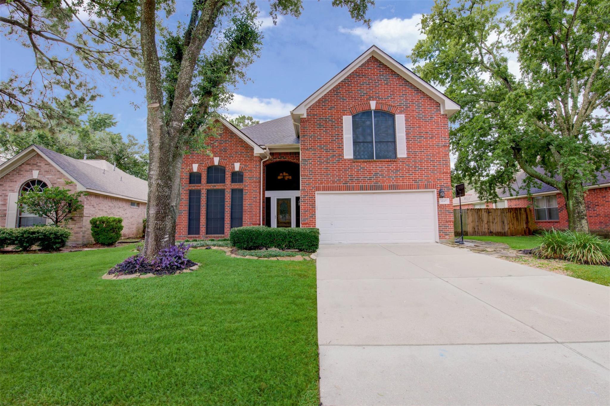 4147 Surreydon Drive Property Photo