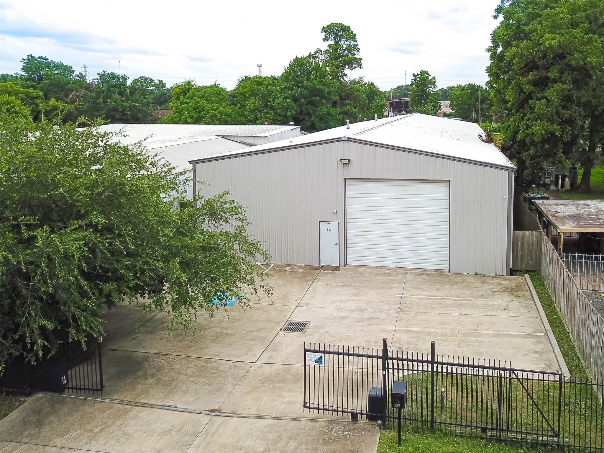 832 Dorchester Street Property Photo