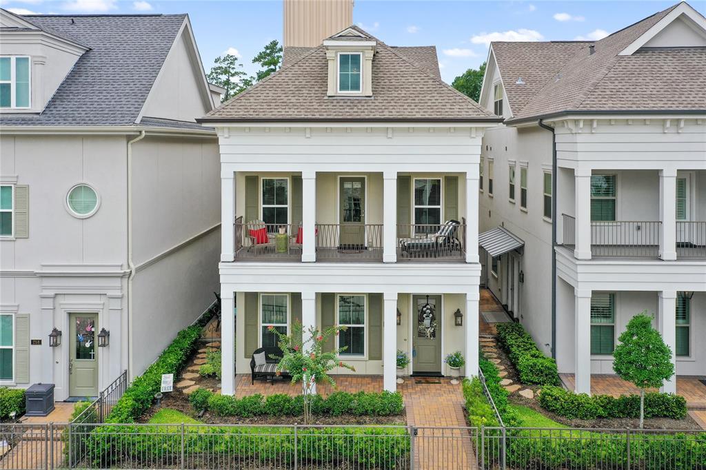 254 Green Boulevard Property Photo - Shenandoah, TX real estate listing