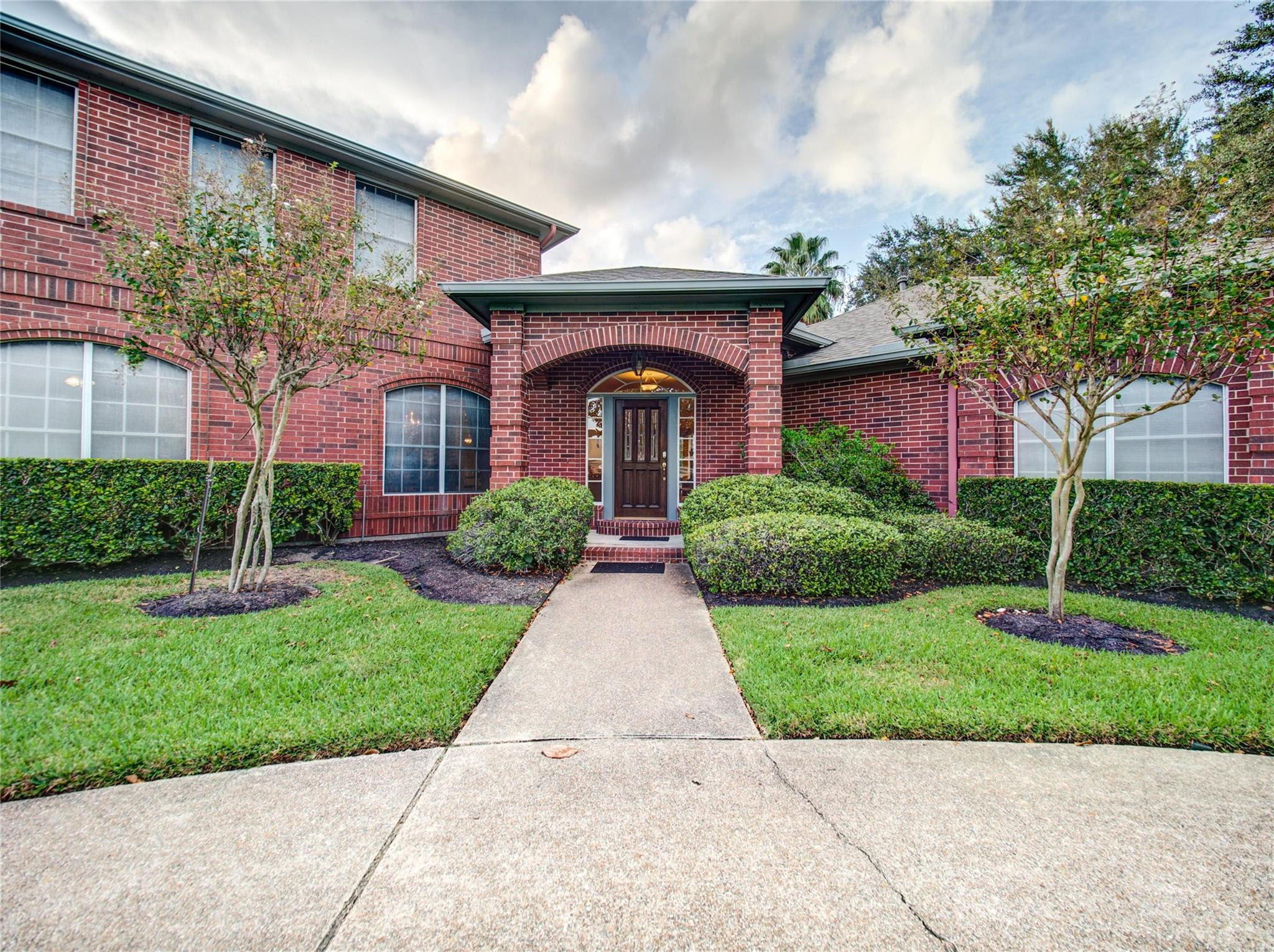 12122 Carrswold Drive Property Photo - Houston, TX real estate listing
