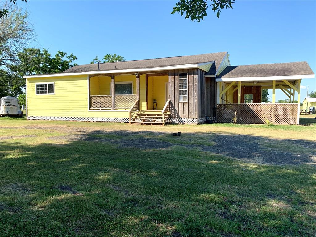 14711 Barak Road Property Photo - Guy, TX real estate listing