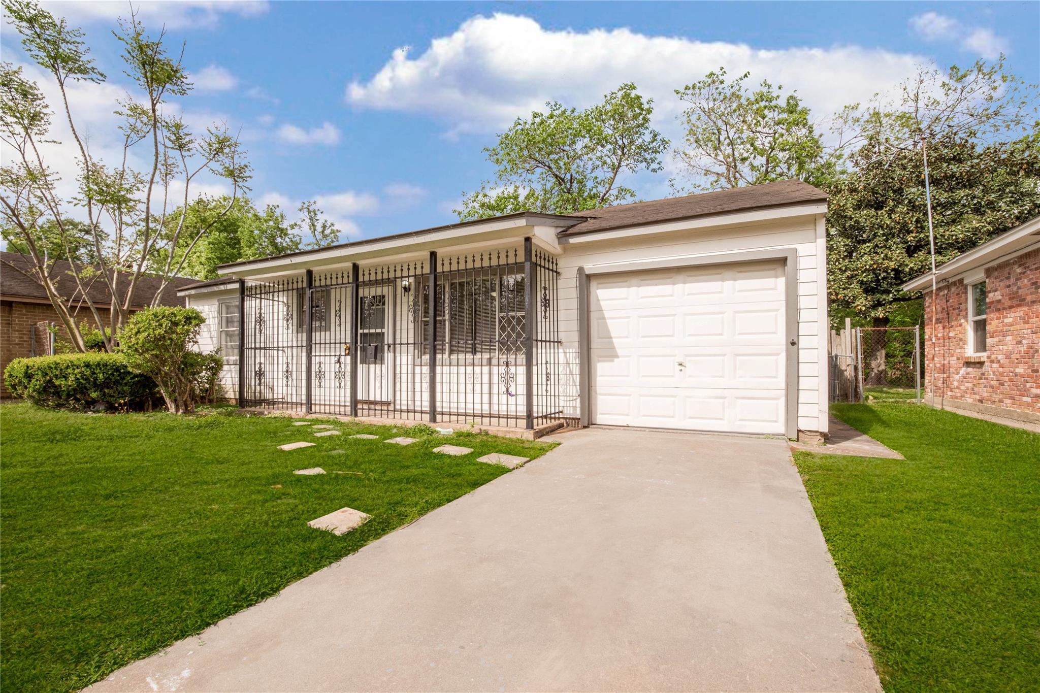 1407 Bank Drive Property Photo - Galena Park, TX real estate listing