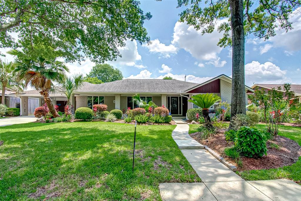 10115 Willowgrove Drive Property Photo - Houston, TX real estate listing