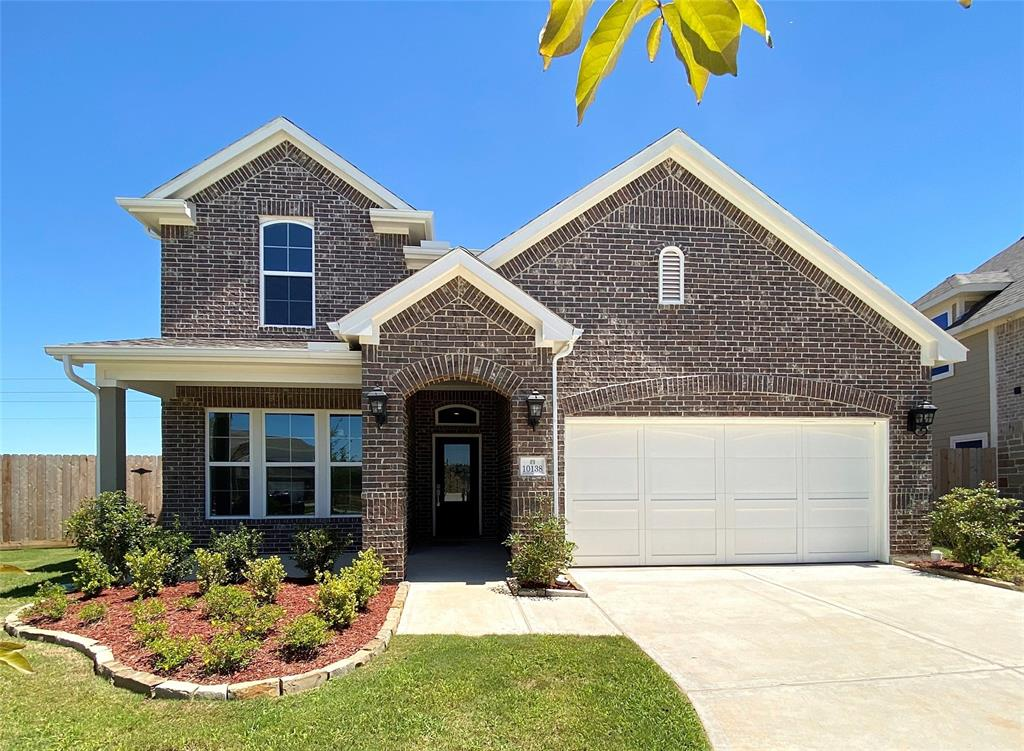 10138 Oakland Hills Drive Property Photo - Cleveland, TX real estate listing