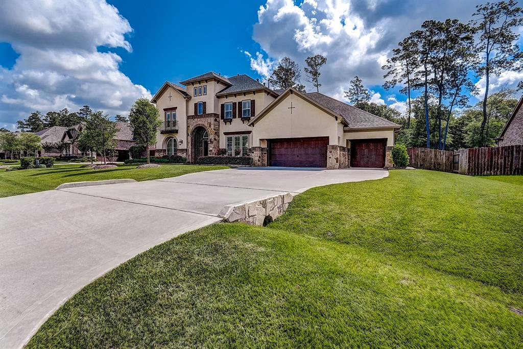 2123 Barton Woods Boulevard Property Photo - Conroe, TX real estate listing