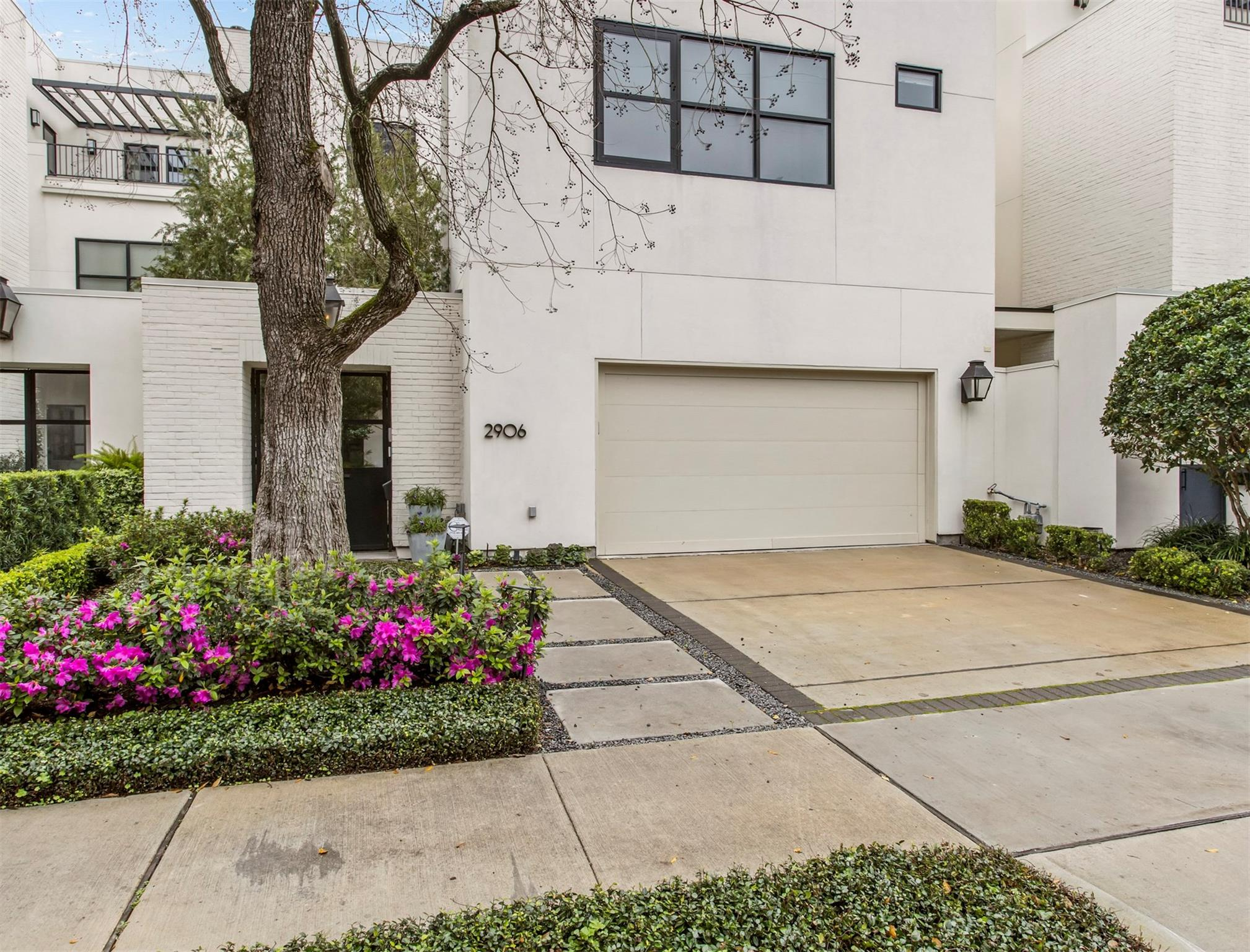 2906 Ferndale Street Property Photo - Houston, TX real estate listing