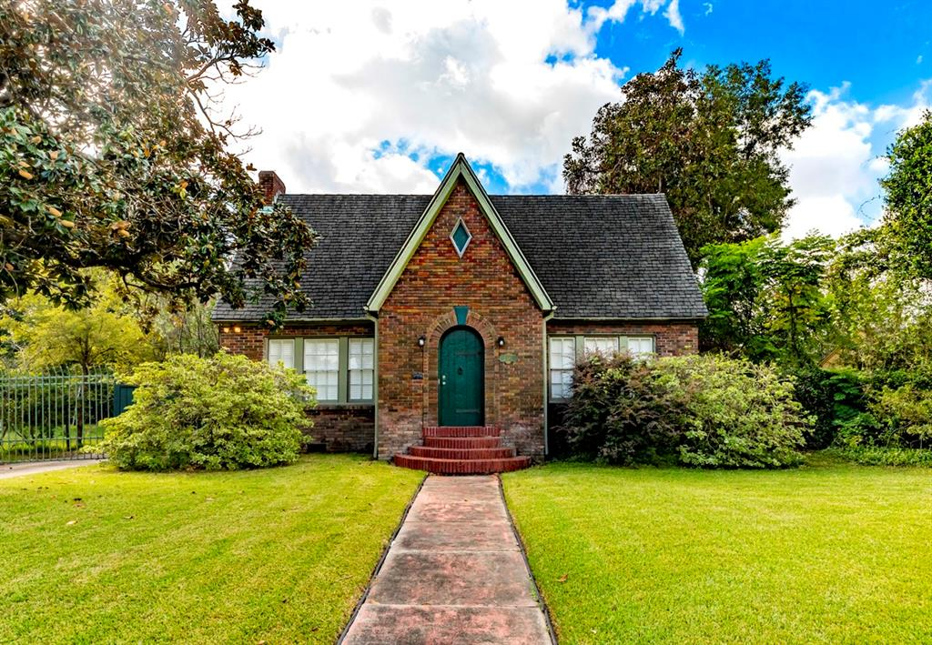 2385 Pecos Street Property Photo - Beaumont, TX real estate listing