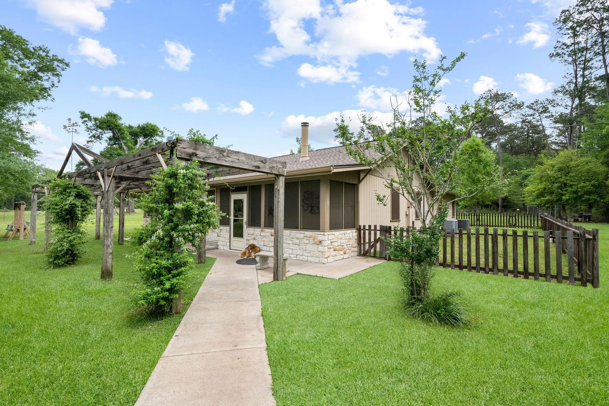 224 Aryn Lane Property Photo 1