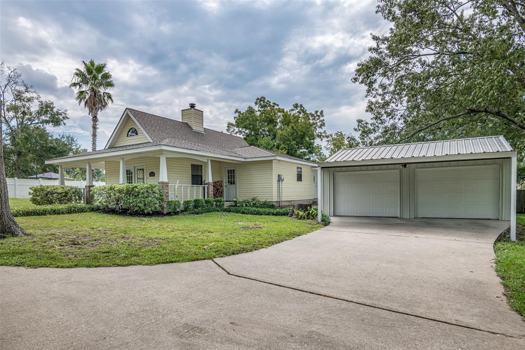 220 Elm Street, Huntington, TX 75949 - Huntington, TX real estate listing