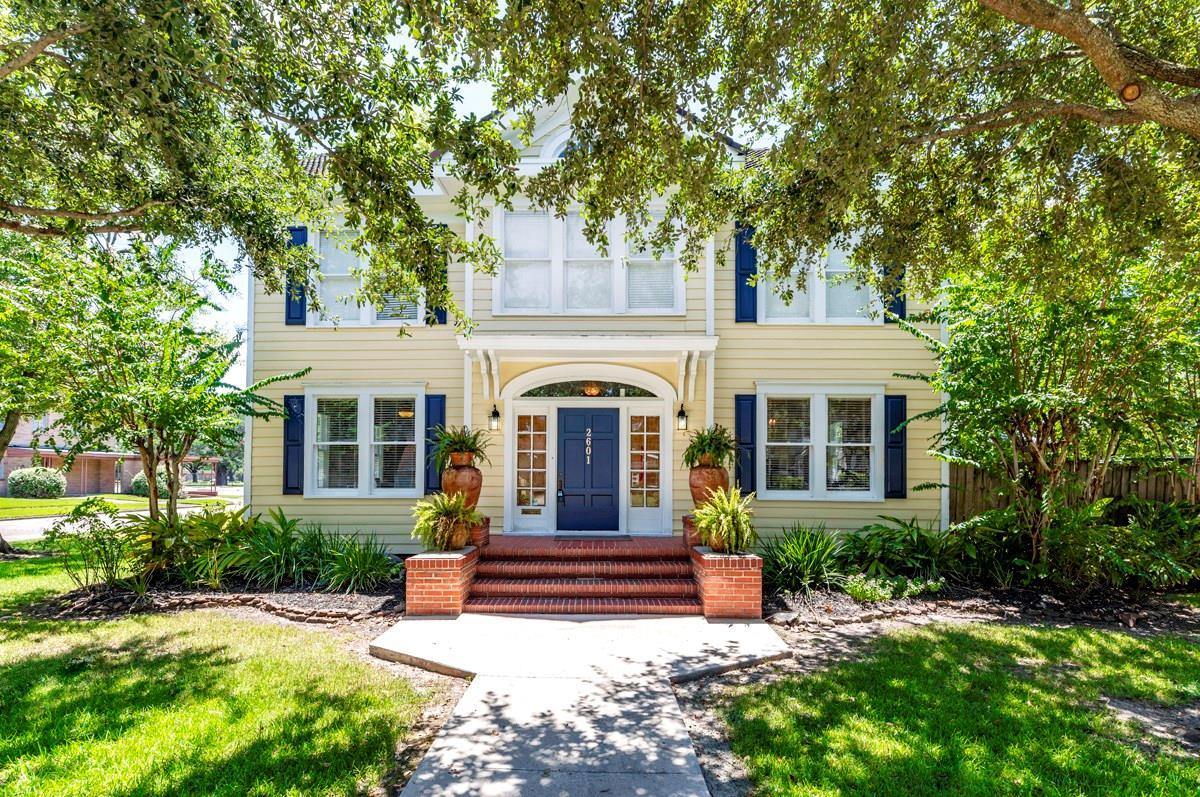 2601 Laurel Street Property Photo - Beaumont, TX real estate listing