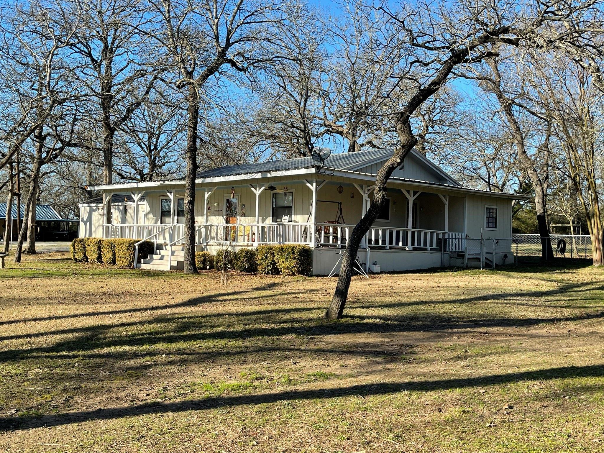 19768 County Road 377 Property Photo - Marquez, TX real estate listing