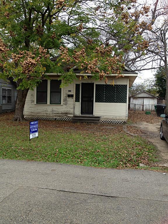 111 E 27th Street Property Photo 1