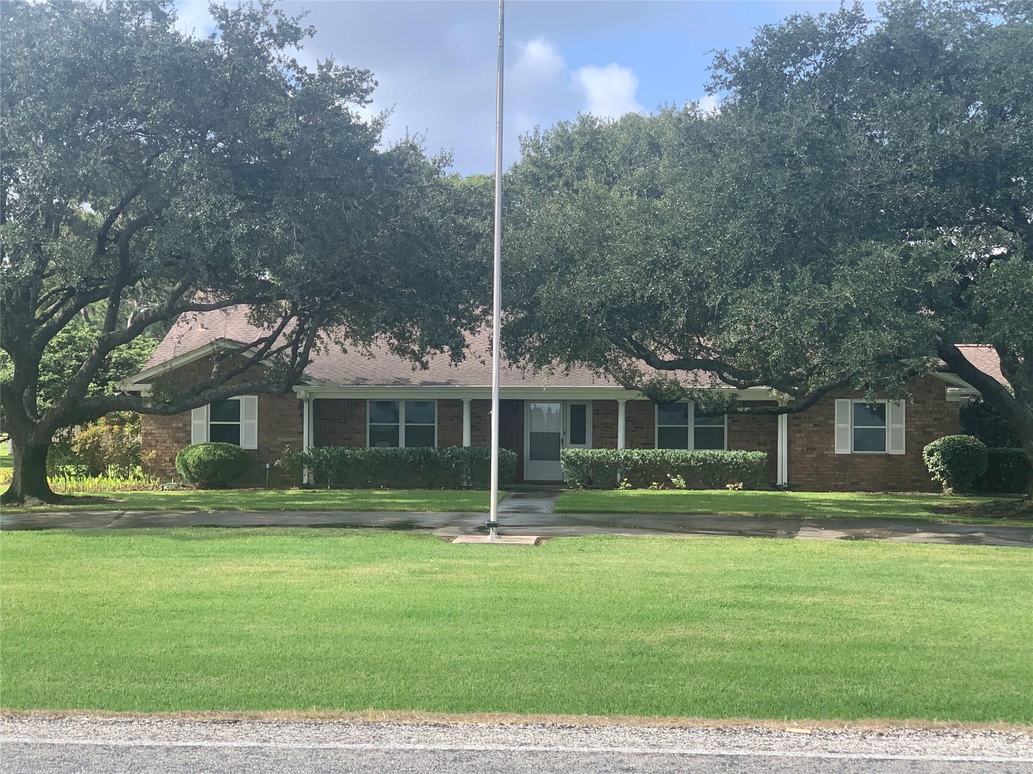 1559 Fm 960 Road Property Photo - El Campo, TX real estate listing