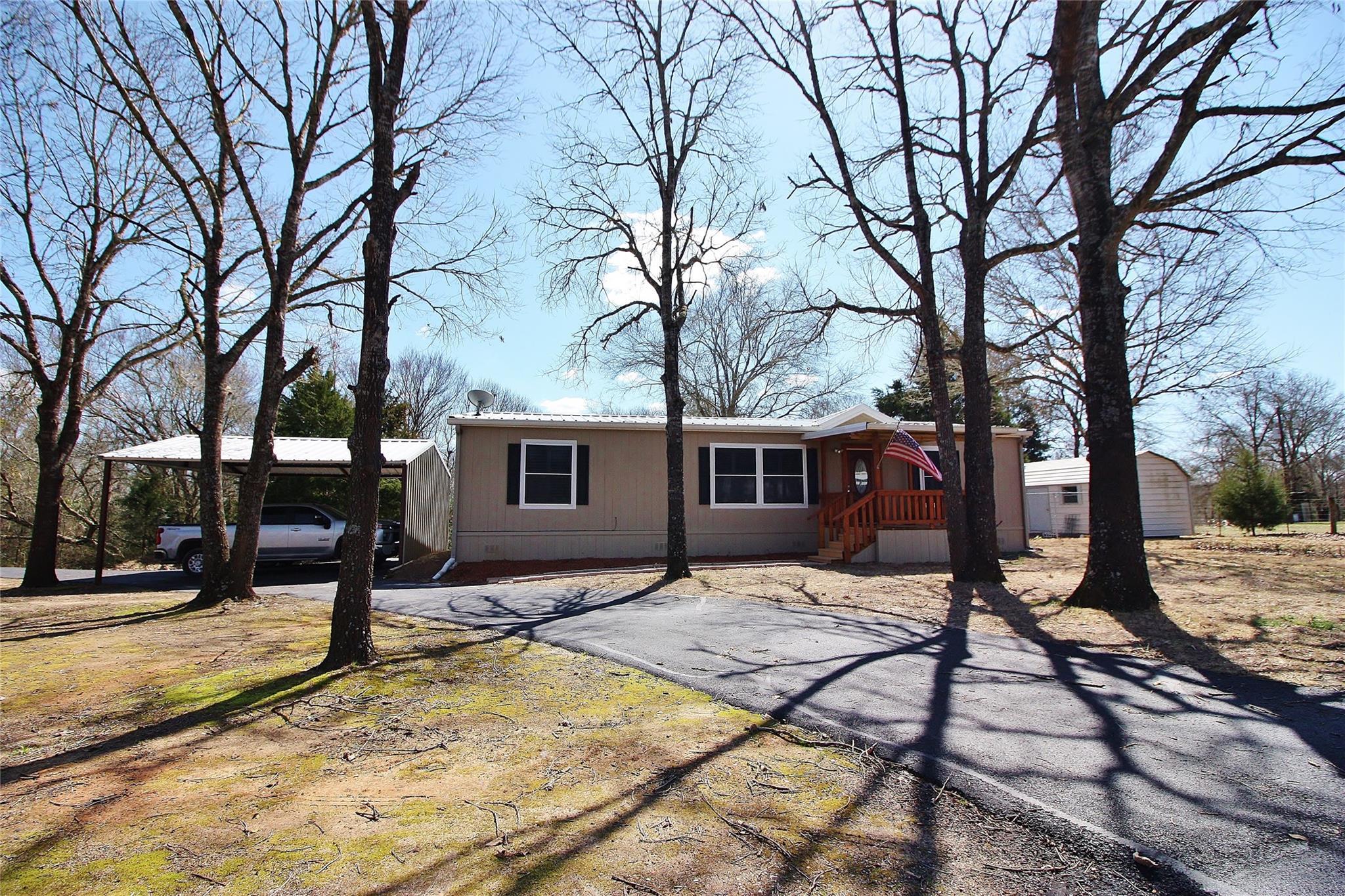 5131 County Road 2692 Property Photo - Buffalo, TX real estate listing