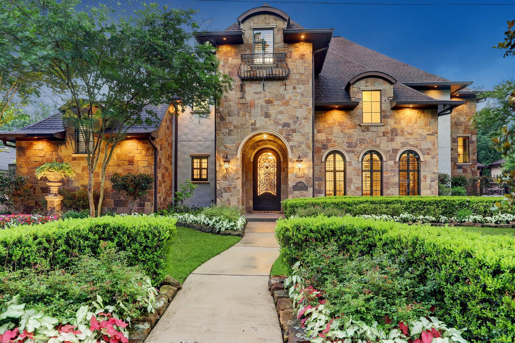 1413 Monarch Oaks Street Property Photo