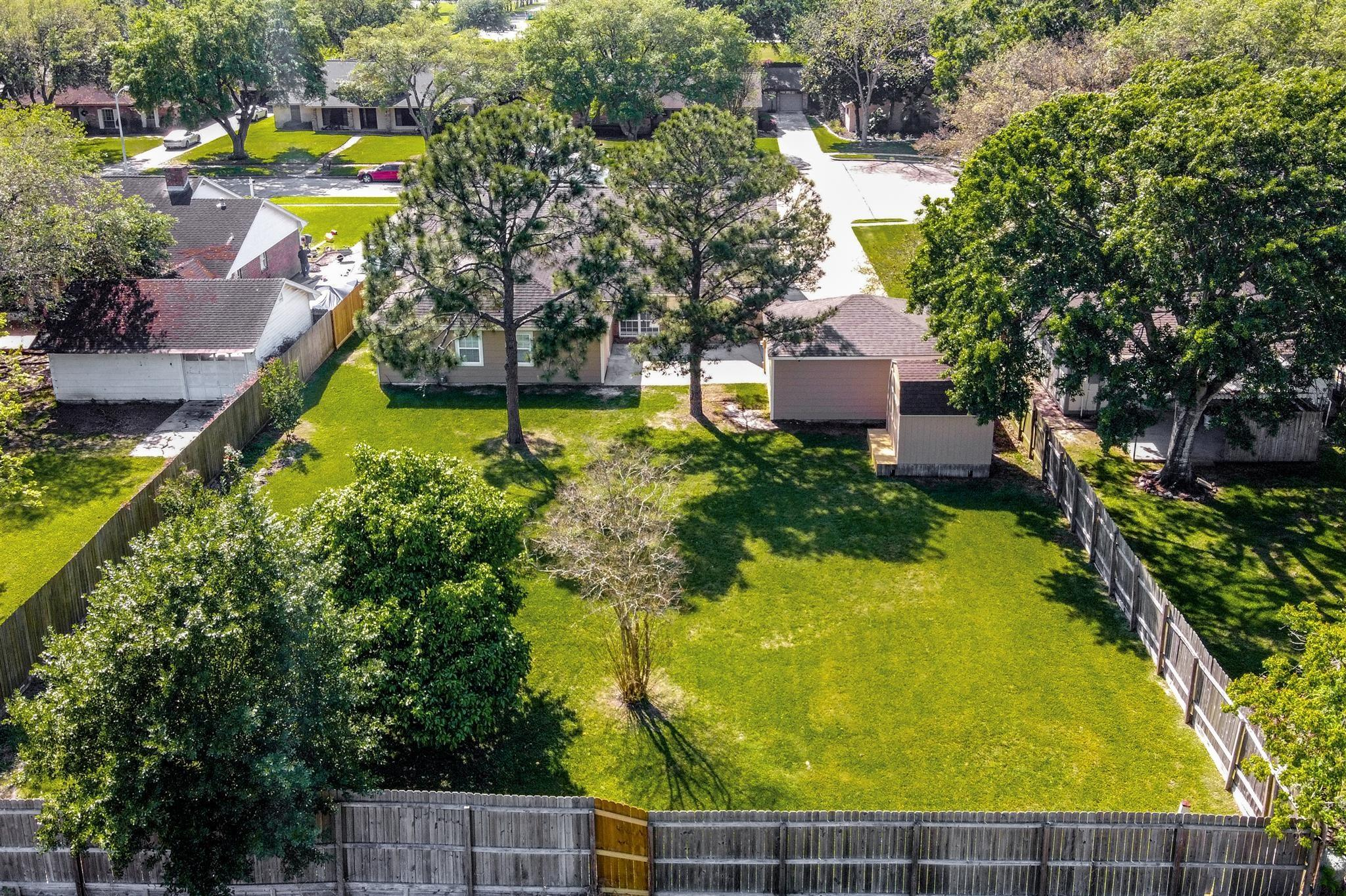 2713 Dow Circle Property Photo - Deer Park, TX real estate listing
