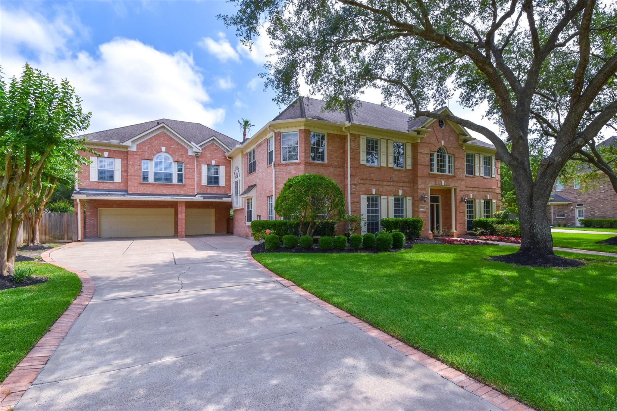 2706 Autumn Lake Drive Property Photo