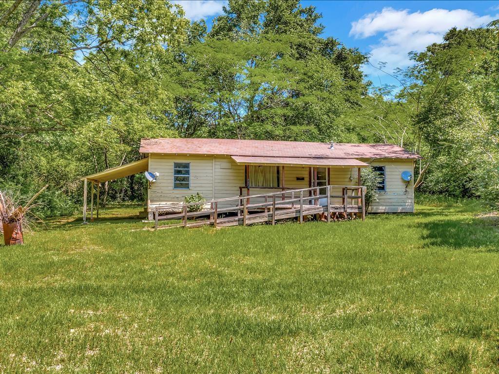 7070 Fm 225 Property Photo