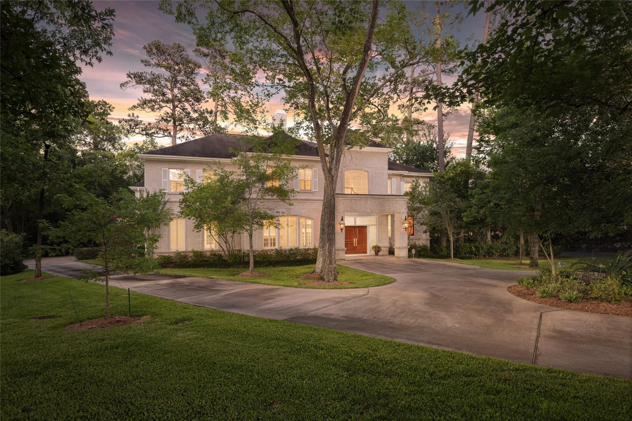 55 Stillforest Street Property Photo - Piney Point Village, TX real estate listing