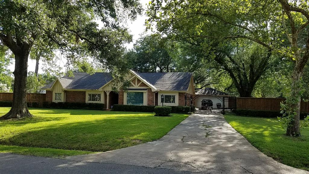 8822 Bonhomme Road Property Photo - Houston, TX real estate listing