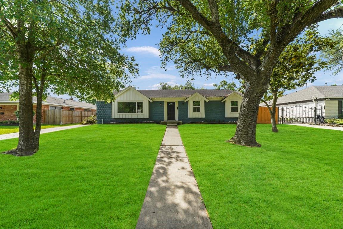 5235 W Bellfort Street Property Photo