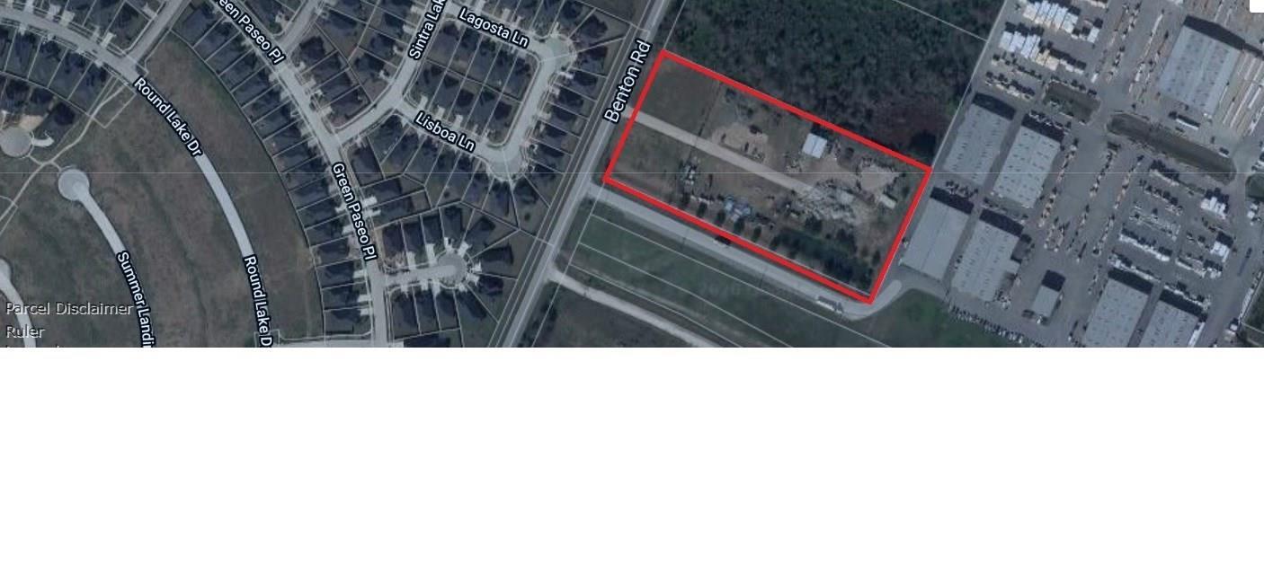 225 Benton Road Property Photo