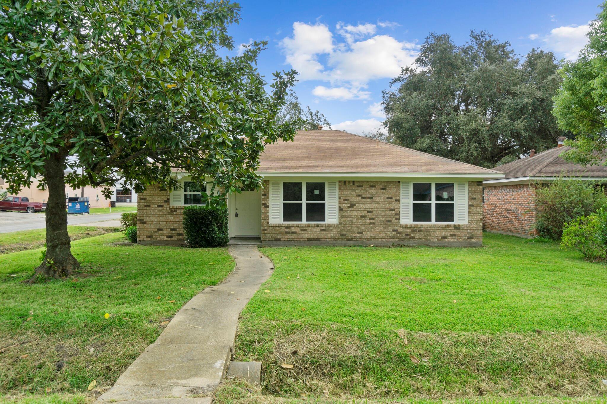 602 Missouri Street Property Photo - South Houston, TX real estate listing