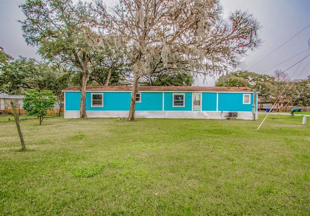 2745 Shady Creek Lane, Oyster Creek, TX 77541 - Oyster Creek, TX real estate listing