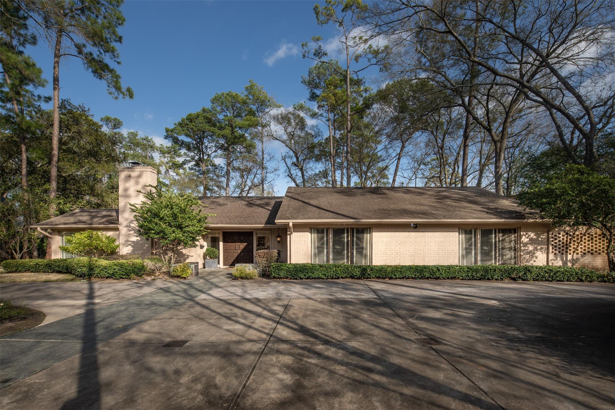 614 Saddlewood Lane Property Photo 1