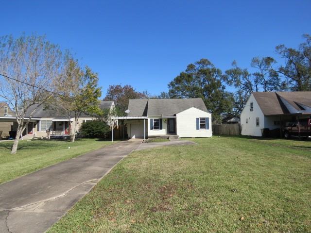 122 Hilldale Drive Property Photo - Nederland, TX real estate listing