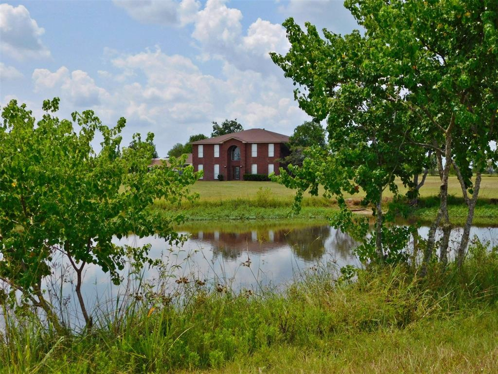 1020 Lene Lane Property Photo - Sealy, TX real estate listing