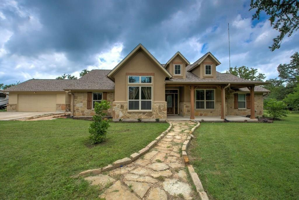 1011 Private Road 2904 Property Photo - Giddings, TX real estate listing