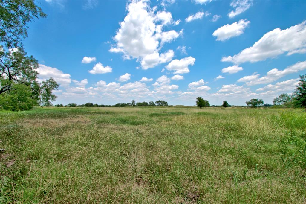 15551 Gable Road Property Photo - St. Hedwig, TX real estate listing