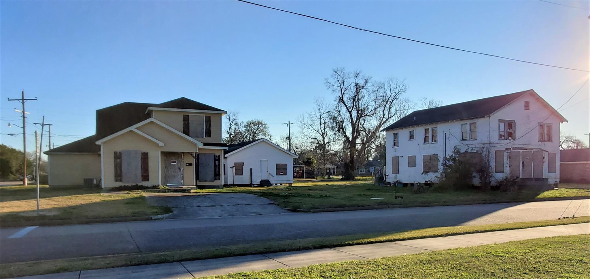 870-890 Jackson Street Property Photo - Beaumont, TX real estate listing