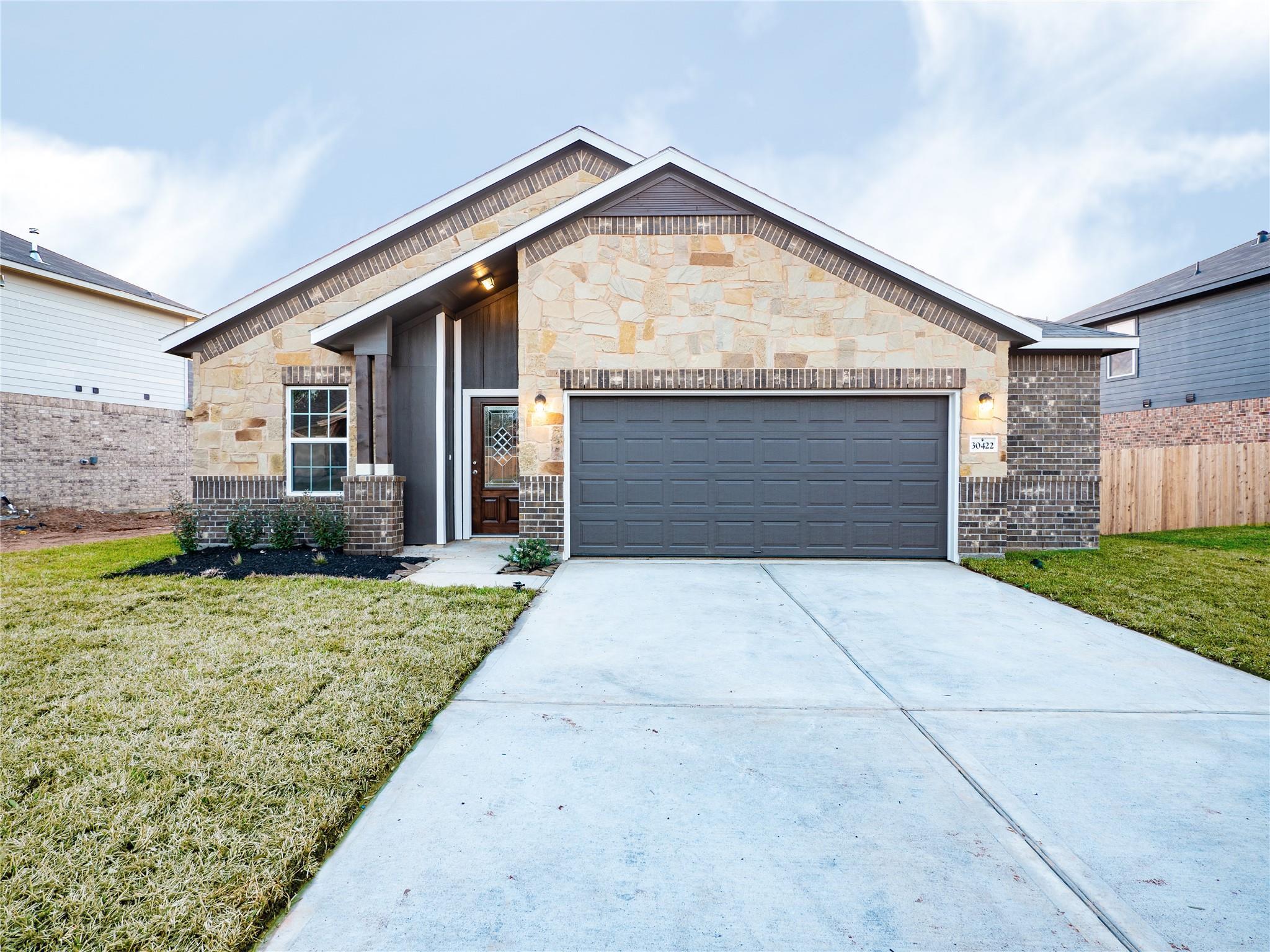 30422 Butternut Oak Lane Property Photo