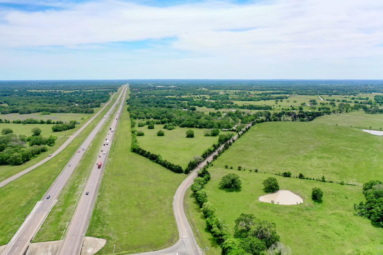 1538 Spur 104 Property Photo - Madisonville, TX real estate listing