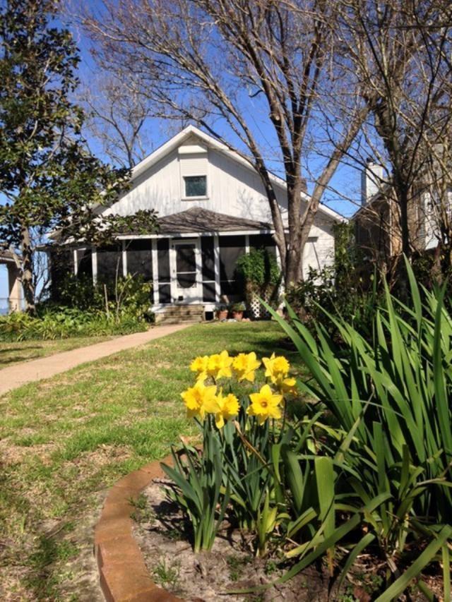 4709 W Bayshore Drive Property Photo - Bacliff, TX real estate listing