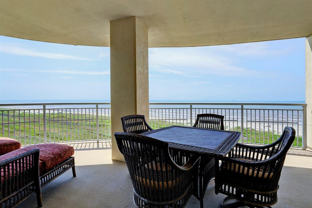 801 Beach Drive, Galveston, TX 77550 - Galveston, TX real estate listing