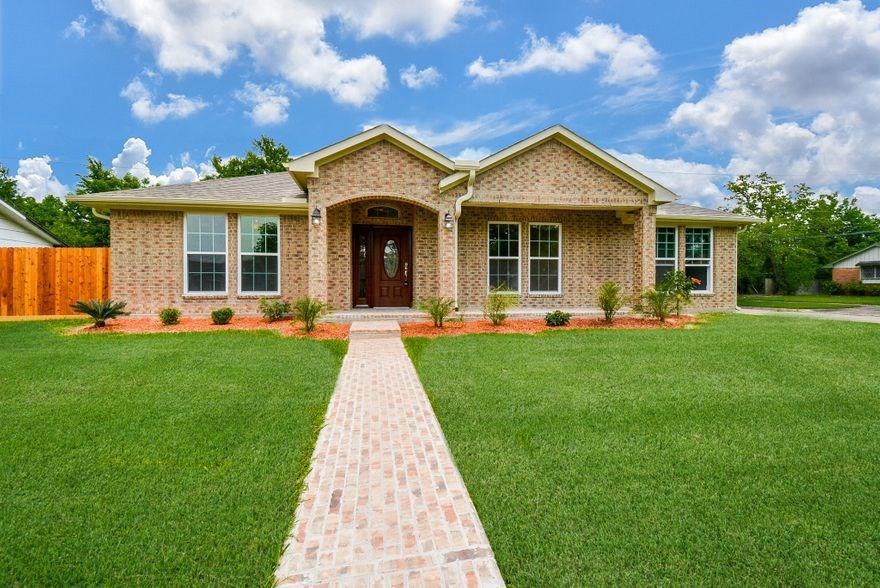 1405 Plymouth Street Property Photo - Pasadena, TX real estate listing